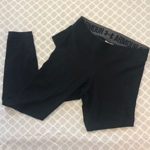UNDER ARMOUR 3/4 Black compression leggings